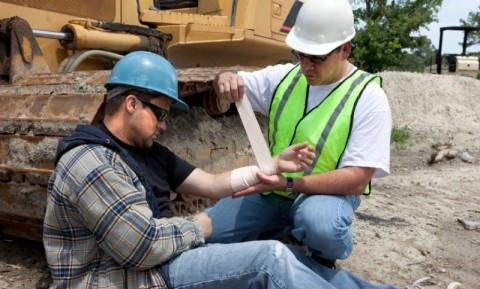 Курсы по оказанию первой помощи пострадавшим на производстве